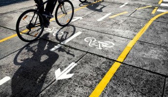 Governmental immunities that preclude bicyclists from prevailing